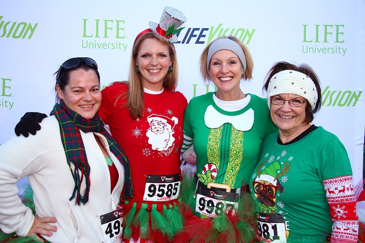 Click me! Run the Lights of Life 5K - Night 1 - Saturday - 2016